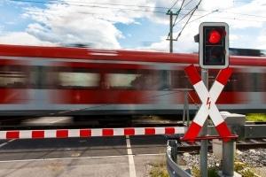 Im Bahnwesen ist das Schmerzensgeld für einen Rippenbruch im Haftpflichtgesetz geregelt.