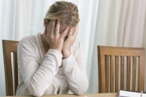 Aufgrund der hohen psychischen Belastung ist Schmerzensgeld für einen Tinnitus meist gerechtfertigt.