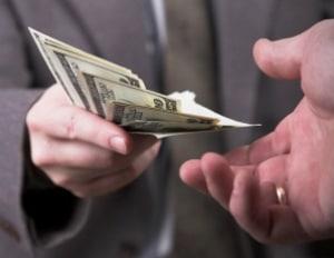 Schuld, Regulierung und finanzielle Lage bestimmen bei der Genugtuungsfunktion die Schmerzensgeld-Höhe.