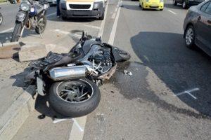 Motorradunfall: Wann Schmerzensgeld fällig wird, hängt vom Verletzungsgrad ab.
