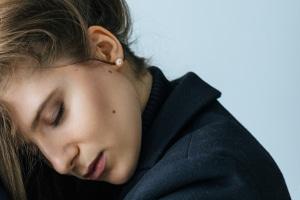 Die Nasen-OP ist schief gelaufen? Nicht immer gibt es dafür Schmerzensgeld.