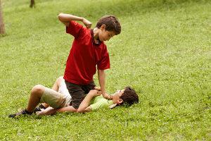 Notwehr: Eine Körperverletzung muss nicht einfach so erduldet werden.