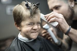 Wann können Kunden Schadensersatz von ihrem Friseur verlangen?