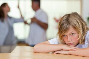 Schmerzensgeld wegen Misshandlung Schutzbefohlener können z. B. Kinder unter 18 Jahren beanspruchen.