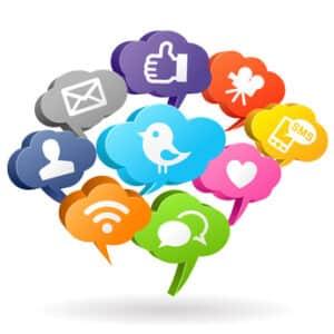 Schmerzensgeld wegen Mobbing kann durch Cyberattacken in sozialen Netzwerken begründet werden.