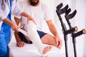 Schmerzensgeld findet auf Verletzungen am Körper verschiedenster Art Anwendung.