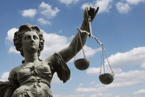 Im Rahmen der Strafzumessung wird eine angemessene Strafe festgesetzt.