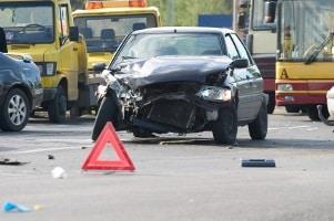 Bei einem Unfall wird das Schmerzensgeld durch die Haftpflichtversicherung vom Verursacher gezahlt.