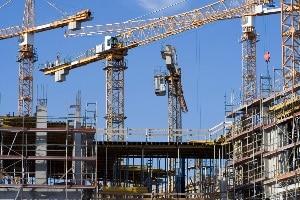 Verletzungen während der arbeitsvertraglich geregelten Tätigkeit gelten als Arbeitsunfall und können Geld vom Arbeitgeber nach sich ziehen.