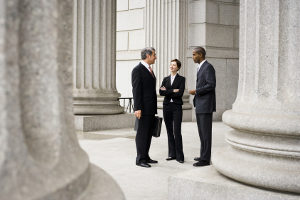 Laut Strafrecht droht einem Beschuldigten nur eine Verhandlung, wenn er zurechnungsfähig ist.